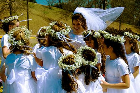 Nineteen enthusiastic Flowergirls!