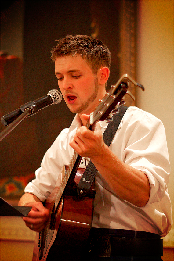 Sam Serenades the Audience with Scottish, Irish and Maritime Melodies