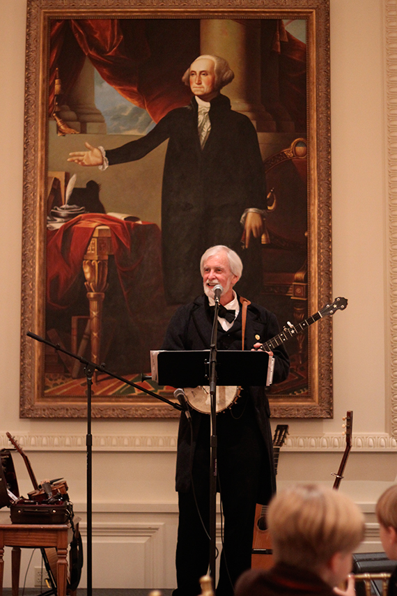 Bobby Horton Wowed the Audience with Period Tunes Beautifully Played