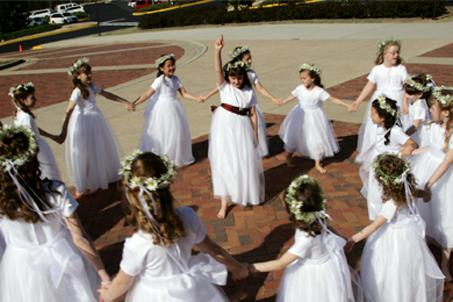 Post-wedding Flowergirl games
